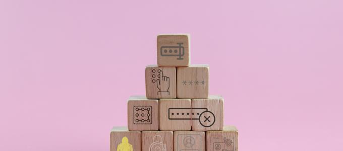סיסמאות 🖼️ עידוק, Adrien Coquet, Srinivas Agra, Teewara soontorn, Three Six Five, Markastudio, icon 54, Icongeek26, Iconika, Creative Stall, faisalovers (CC-BY)